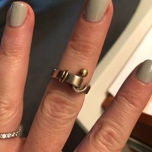 Two-Tone Hook & Eye Tiffany Ring